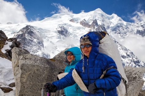 Sila and Surya enjoy the views of Mera Peak just as the clouds begin to move in.